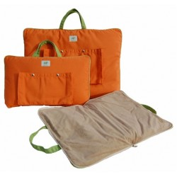 The Tangerine Tote Bed